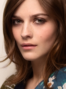 Burberry Womenswear Autumn_Winter 2015 - Runway Make-up Look